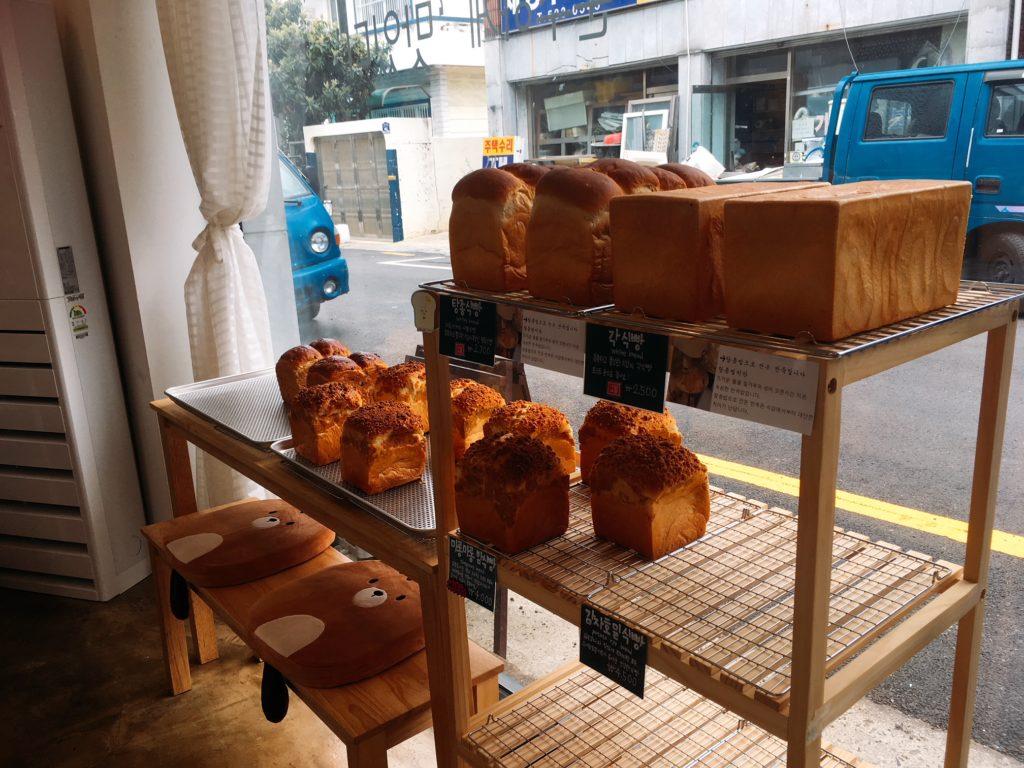 ▲じゃがいも食パンは、年配の方に大人気!