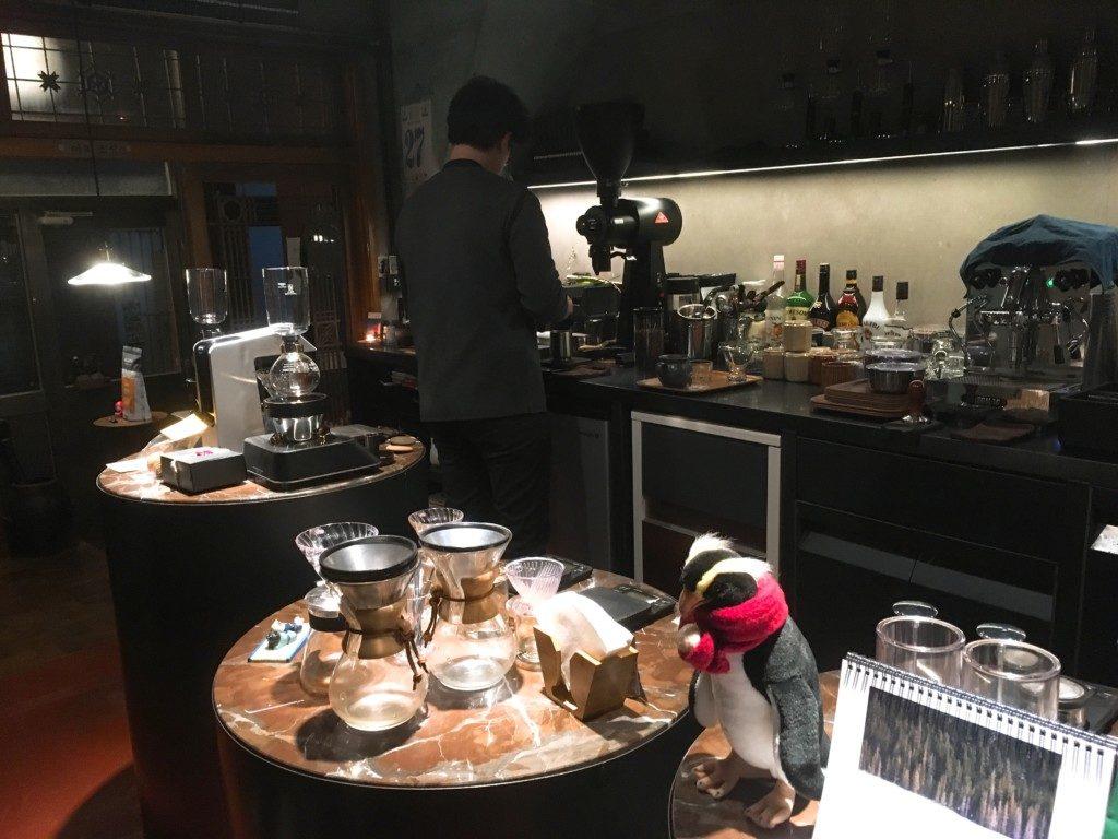 ▲社長さんが1人で対応しますのでコーヒー準備に時間がかかります。