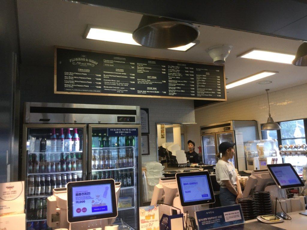 ▲1階にあるカフェ