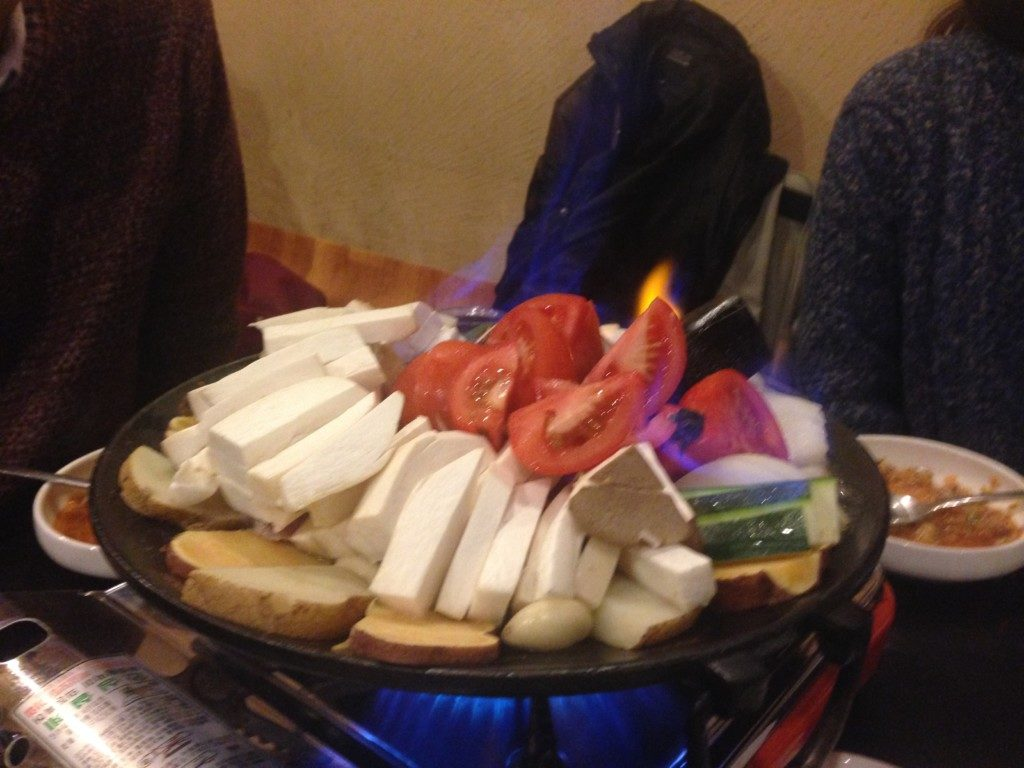 ▲불타는목살(野菜たっぷり豚肉鍋)