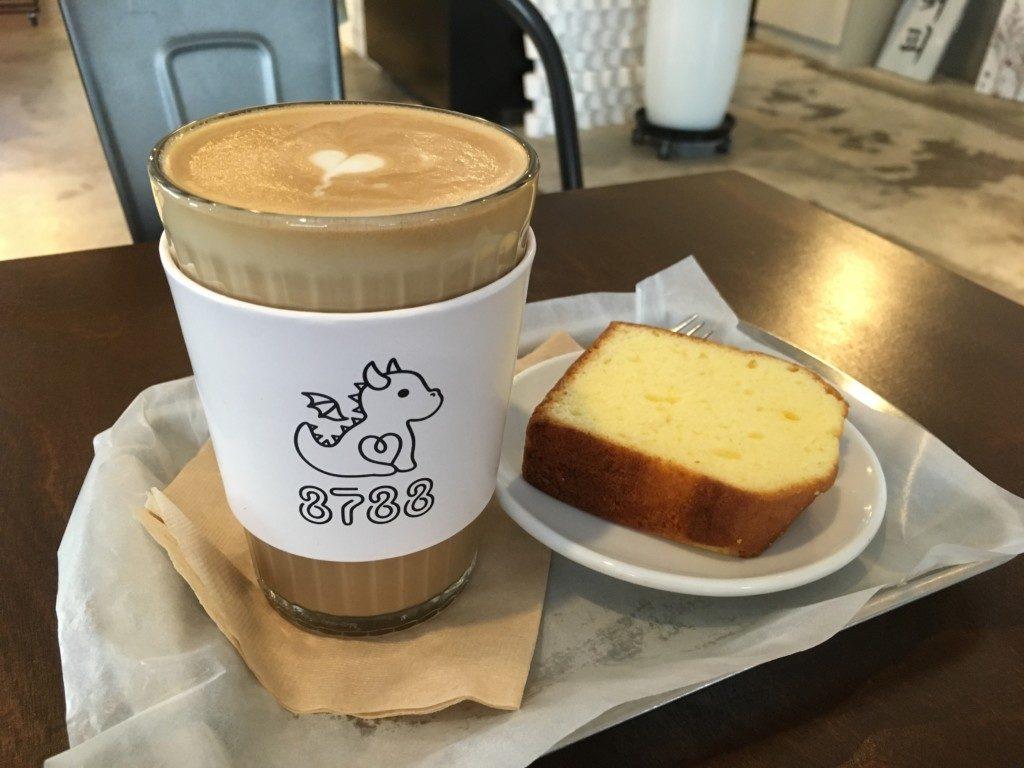 ▲カフェラテ&ケーキ