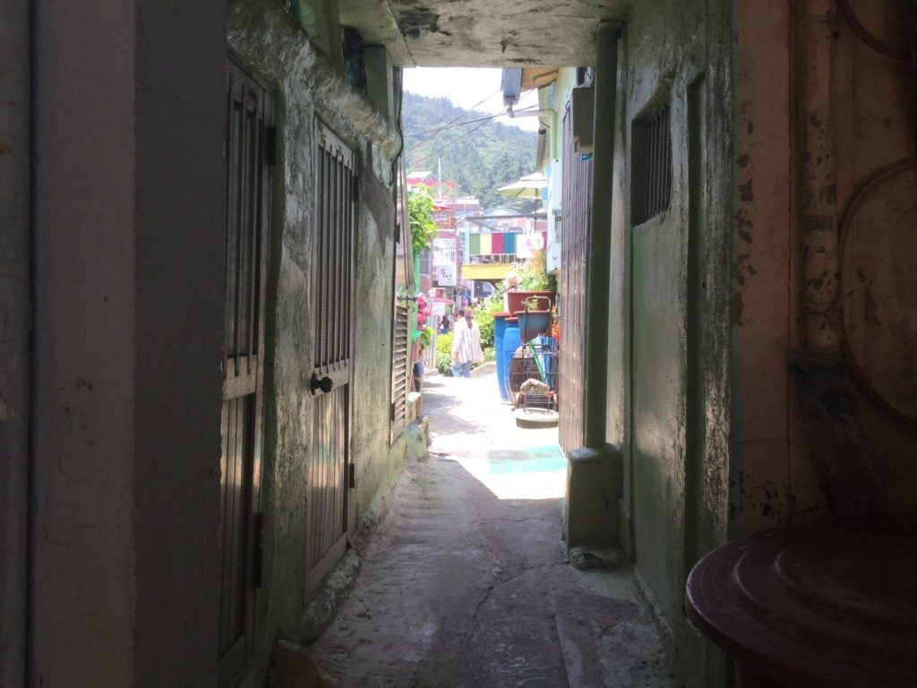 ▲釜山甘川文化村共同トイレ
